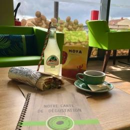 NOUVEAU : Tous les mardis retrouvez @moya.foodtruck , de la Mexican Street Food sur le parking de Couleur Café Albi et venir le manger en profitant de notre espace de dégustation en finissant par un bon petit café ! 🌯🌮☕️😋 #foodtruck #mexicanfood #coffeeshop #coffee #lunch