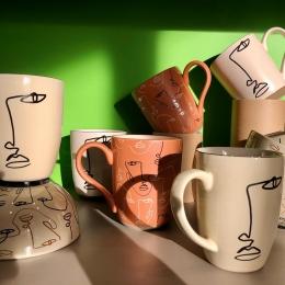 Nouvelle collection des accessoires café & thé ! 🙌🏼✨ @semadesignofficiel   Dispo dans nos boutiques !  📍Albi & Castres   #coffee #tea #cup #thermo #gourde #tasse #mug